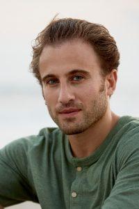 Chris Bashinelli